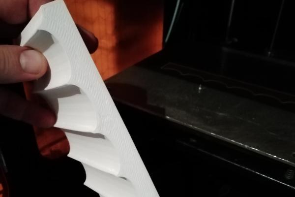 modello decorativo realizzato per un'azienda toscana di produzione di sanitari